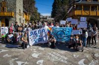 """La """"Huelga Mundial por el Clima"""" también se sintió en Bariloche"""