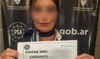 Detuvieron a una azafata de Bariloche que intentó contrabandear dos kilos de oro y miles de dólares
