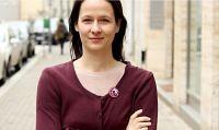 """Zuzana Števulová: """"Un refugiado merece nuestro respeto, además de dignidad"""""""