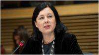 Věra Jourová: Una lucha contra los gigantes tecnológicos
