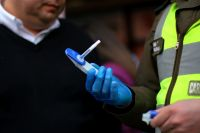 Investigan marihuana medicinal y los detuvieron en la ruta por cuatro gramos