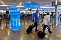 El 40% de los argentinos que viajan al exterior no hacen cuarentena al llegar al país